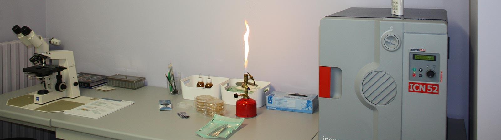 attrezzatura studio dermatologico